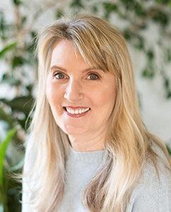Lynn Marie Lumiere